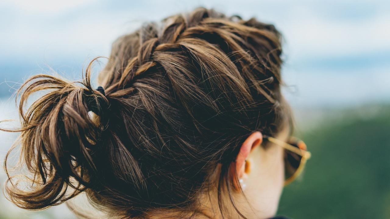 treccia su capelli corti